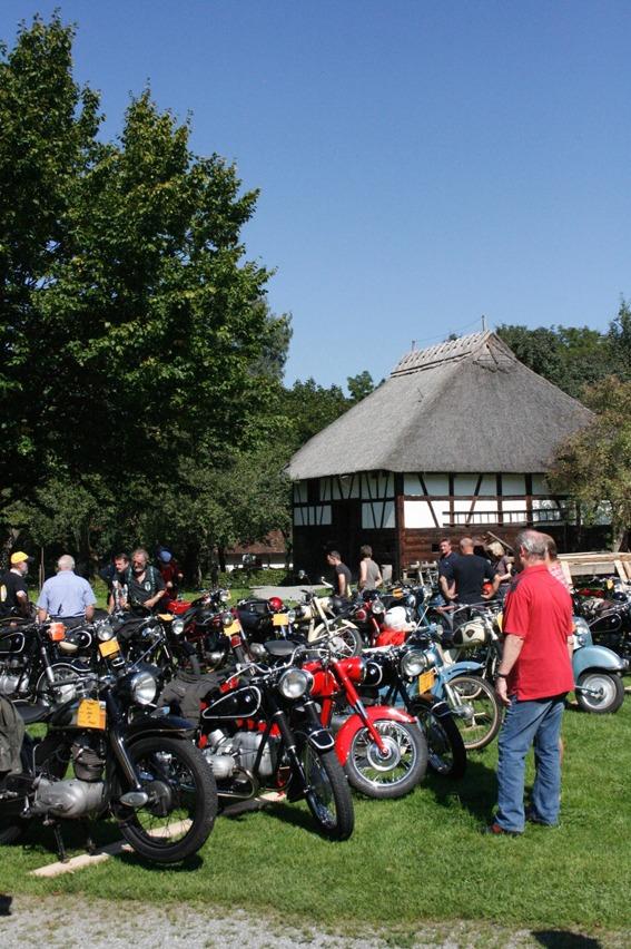 289_-_Oldtimer_Motorradtreffen_in_Kurnbach