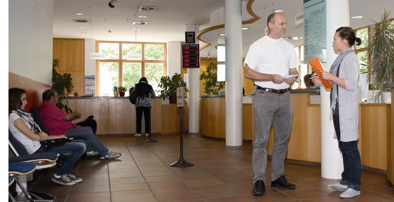 313_-_Kundenbefragung_in_der_Zulassungsstelle_k