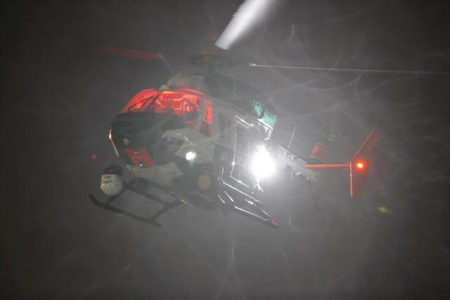 640 polizeihubschrauber nacht1