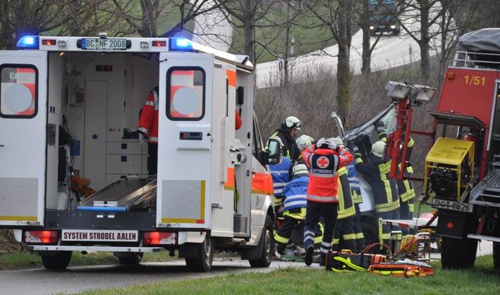 03-04-2012 VU Erlenmoos Feuerwehr-Ochsenhausen new-facts-eu 0125