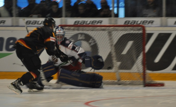 08-04-2012 Eishockey-Laenderspiel Deutschland-Russland Ravensburg new-facts-eu
