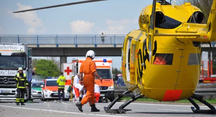 02-05-2012 BAB-A7 Memmingen lkw Personenschaden new-facts-eu