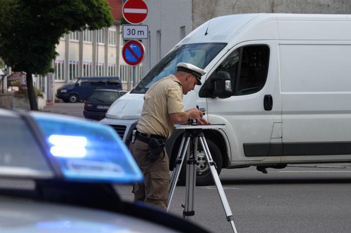 22-05-2012 verkehrsunfall radfaherin transporter weißenhorn new-facts-eu