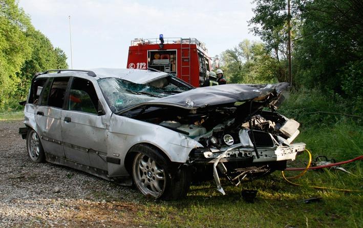 02-06-2012 verkehrsunfall babenhausen wis new-facts-eu