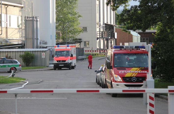 04-06-2012 esk-kempten brand feuerwehr-kempten new-facts.eu