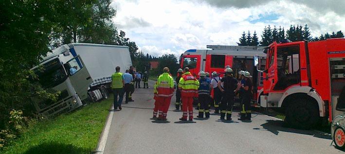 11-06-2012 lkw-unfall fw-ravensburg new-facts-eu