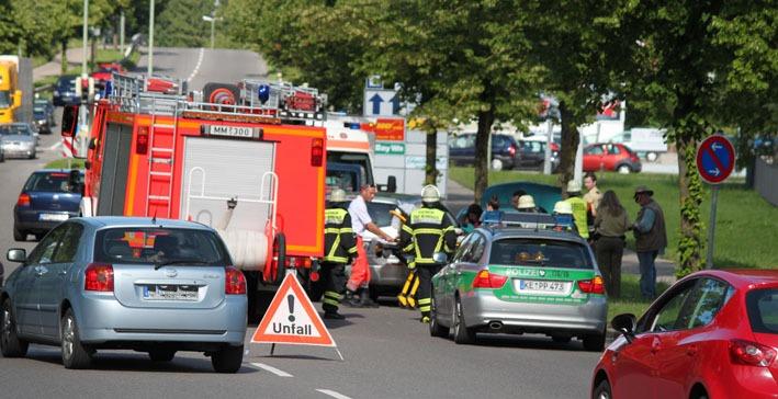 14-06-2012 memmingen verkehrsunfall feuerwehr-memmingen new-facts-eu
