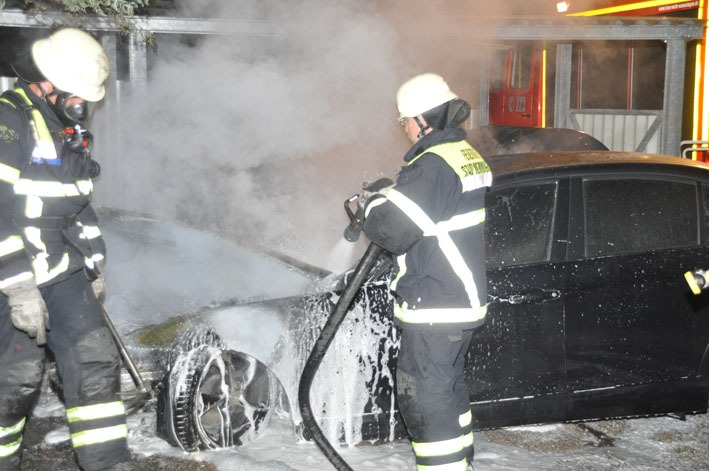 02-07-2012 pkw-brand memmingen new-facts-eu