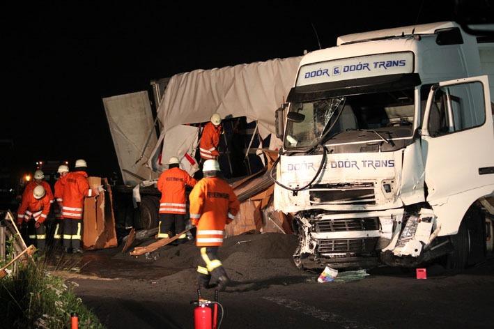 05-07-2012 A96 Memmingen Aitrach lkw-Unfall feuerwehr-aitrach new-facts-eu