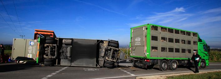 29-09-2012 huettisheim lkw-unfall zwiebler new-facts-eu