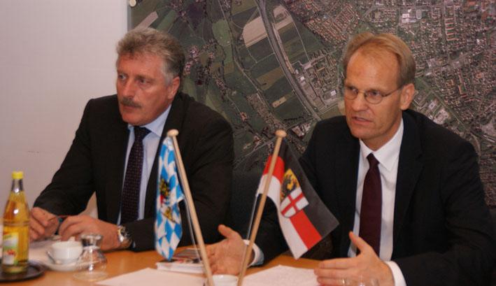lokale db new-facts-eu pressegespraech 18-10-2012