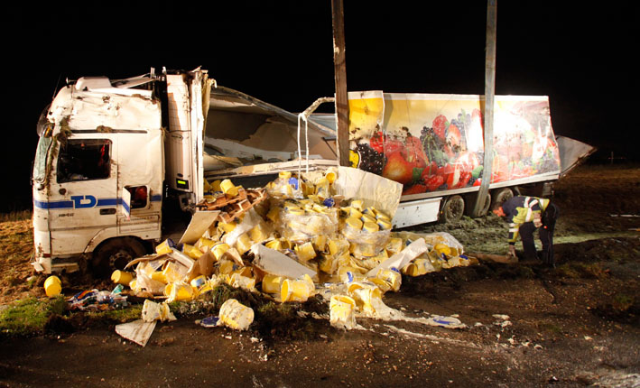 06-11-2012 a7-hittisstetten lkw-unfall zwiebler new-facts-eu