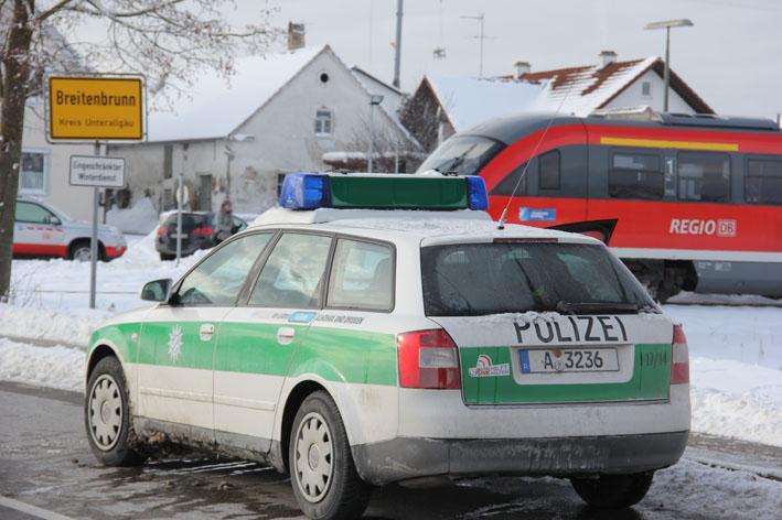 13-12-2012 breitenbrunn bahnunfall transporter new-facts-eu