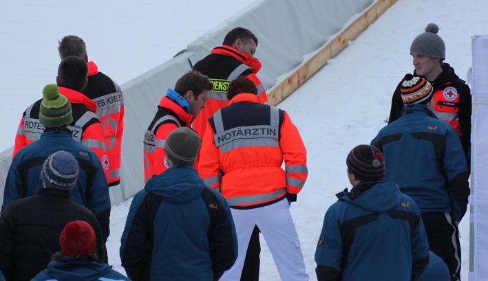 30-12-2012 oberstdorf vierschanzentournee rettungsdienst new-facts-eu