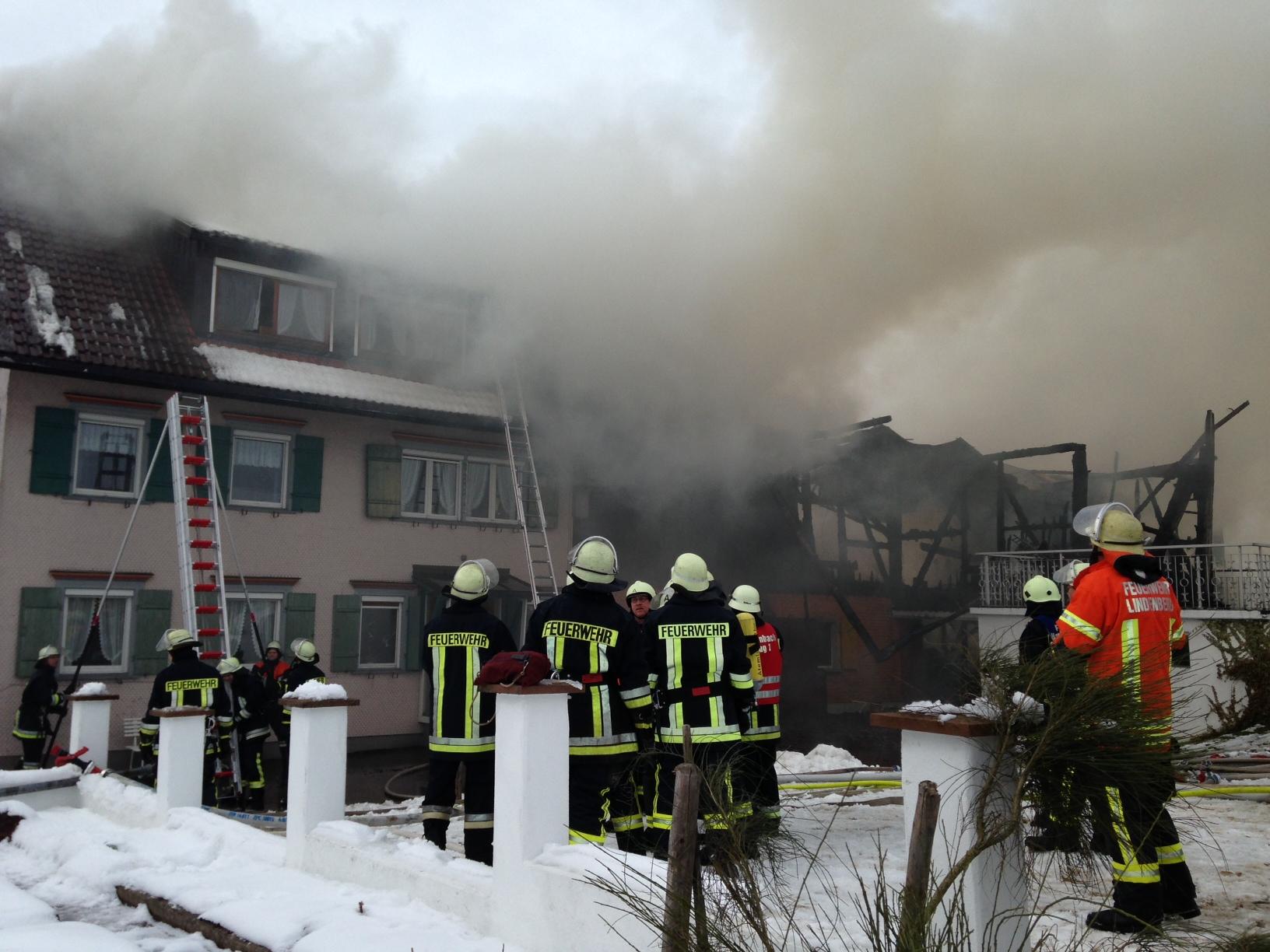 27-01-2013 opfenbach_bauernhofbrand_raedler_new-facts-eu