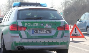 aps polizei bab faltsignal-unfall new-facts-eu poeppel