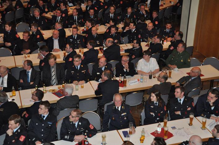 Feuerwehr-Memmingen jahreshauptversammlung-2013 new-facts-eu titel