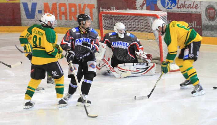 09-03-2013 eishockey hc-maustadt-memmingen ehf-passau memmingen bezirksliga-bayern fuchs new-facts-eu20130309 titel
