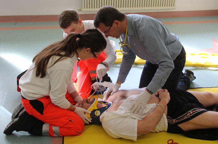 10-03-2013 brk-unterallgaeu klinikum-memmingen mhd-memmingen itls trauma-notfallbehandlung poeppel new-facts-eu20130310 titel