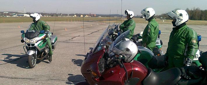 12-04-2013 fahrsicherheitstraining polizeipräsidium-schwaben-süd-west motorrad pressefoto new-facts-eu