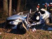 16-04-2013 gz25 schönenberg ettenbeuren unfall pkw schwerverletzt feuerwehr-jettingen-schönenberg-ettenbeuren obeser new-facts-eu20130417 titel