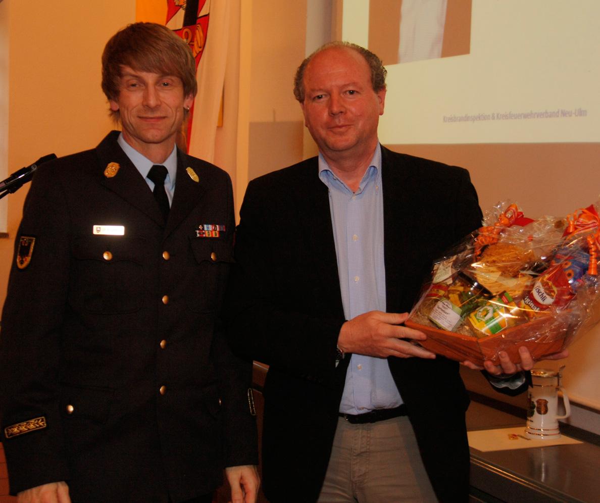 17-04-2013 kreisbrandinspektion-neu-ulm illertissen kommandantenversammlung wis new-facts-eu-023