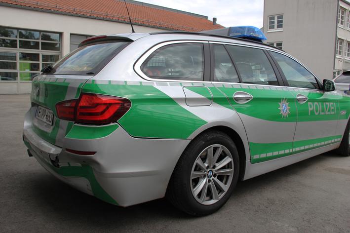 09-05-2013 unterallgäu hawangen verfolgung flucht mann-rammt-polizeifahrzeug autobahnpolizei-memmingen pöppel new-facts-eu20130509 titel
