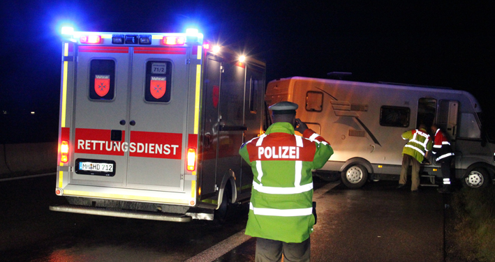 28-05-2013 bab-a96 holzgünz unfall wohnmobil geschleudert poeppel new-facts-eu20130528 titel