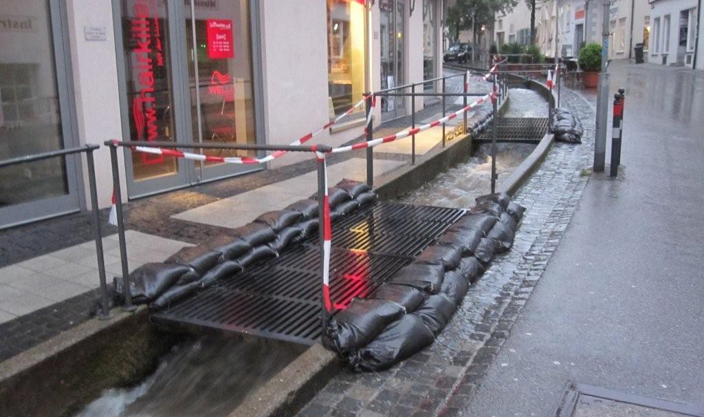 01-06-2013 ravensburg unwetter hochwasser feuerwehr einsätze gold new-facts-eu