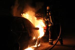 02-06-2013 memmingen brandserie pkw wohnwagen feuer brandstiftung polizei feuerwehr-memmingen poeppel new-facts-eu20130602 0013