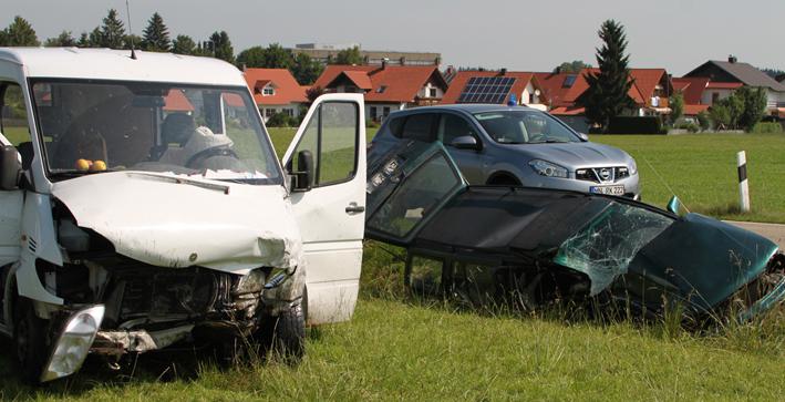 02-07-2013 legau unfall verletzte rettungsdienst new-facts-eu20130702 titel