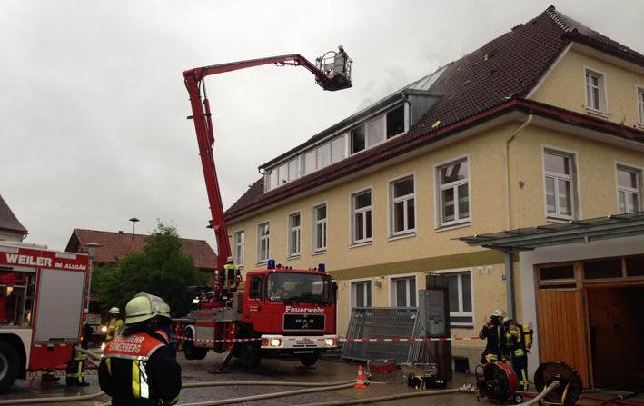 03-07-2013 weiler-simmerberg ellhofen schwelbrand drofgemeinschaftshaus raedler new-facts-eu20130703 titel