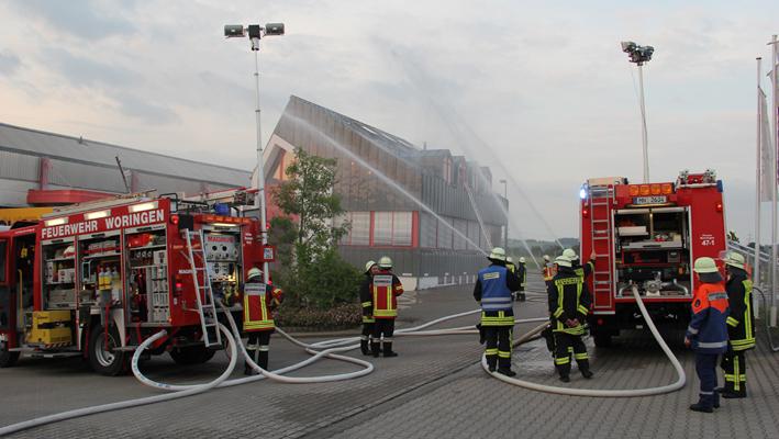 05-07-2013 unterallgau woringen heilemann-produktion brandubung feuerwehr-woringen poeppel new-facts-eu20130705 titel