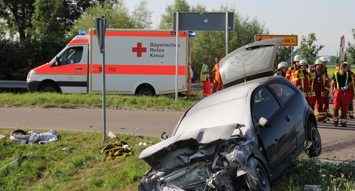 13-07-2013 unterallgau schlingen st2015 unfall poeppel new-facts-eu20130713 titel