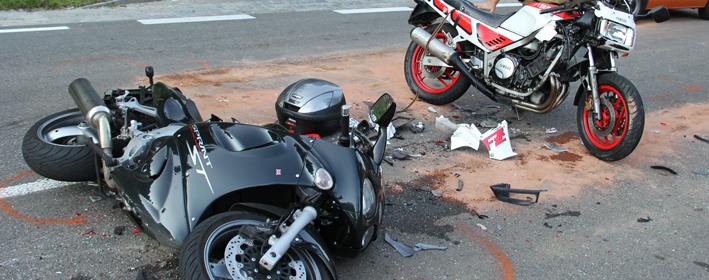 13-07-2013 b308 oberstaufen drei-motorraeder-auffahrunfall poeppel new-facts-eu20130713 titel
