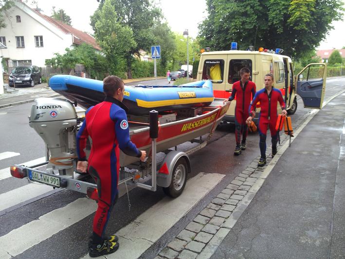 29-07-2013 landsberg wasserleiche brk-wasserwacht-buchloe pressefoto new-facts-eu