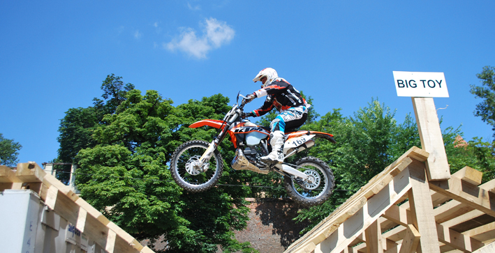 2013 red-bull romaniacs enduro-rennen grosch new-facts-eu20130701 titel