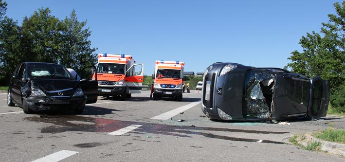 02-08-2013 b310 wertach-unfall-kollision schwerverletzte poeppel new-facts-eu20130802 titel