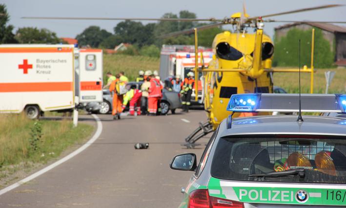 15-08-2013 b300 boos winterrieden unfall frontal pkw verletzte feuerwehr poeppel titel