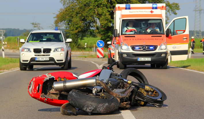 18-08-2013 neu-ulm illertissen obenhausen schwerer-motorradunfall poeppel titel