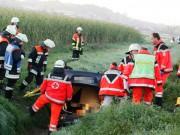 06-09-2013 neu-Ulm obenhausen unfall überschlag-pkw wis new-facts-eu20130906 titel