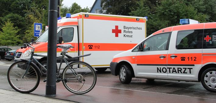 16-09-2013 memmingen schlachthofstrasse unfall fahrradfahrer rettungsdienst poeppel new-facts-eu20130916 titel