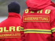 12-10-2013 dlrg-memmingen bezirk-schwaben ausbildung-rettungstaucher poeppel groll new-facts-eu20131012 titel