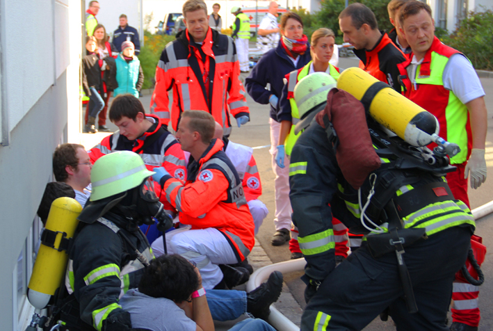 19-10-2013 ulm donautal ratiopharm katastrohenschutzubung poeppel groll new-facts-eu20131019 titel