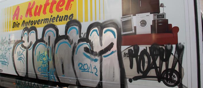 25-11-2013 memmingen lkw graffiti sachbeschadigung kutter poeppel new-facts-eu20131125 titel