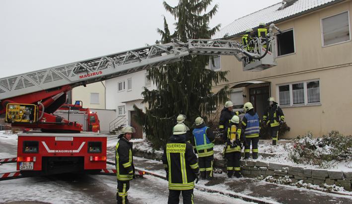 27-11-2013 biberach ochsenhausen brand verletzte feuerwehr-ochsenhausen poeppel new-facts-eu20131128 titel
