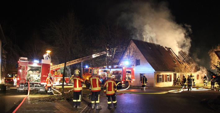 29-11-2013 günzburg offingen brand feuer gebäude obeser new-facts-eu20131129 titel