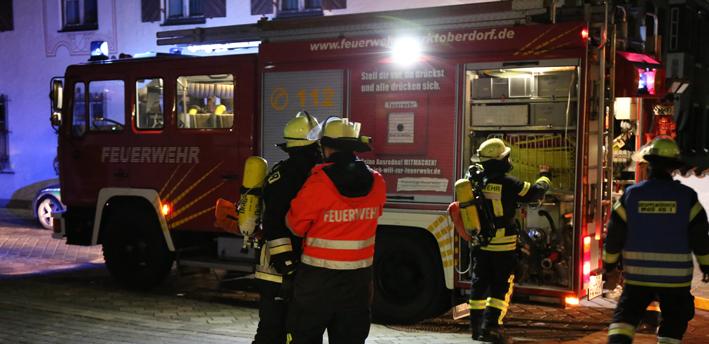 06-12-2013 ostallgäu marktoberdorf brand-tiefgarage verrauchung feuerwehr-mod bringezu new-facts-eu20131206 titel
