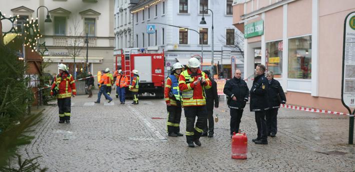 20-12-2013 ehingen markt gasflasche verpuffung schwerverletzte zwiebler new-facts-eu20131128 titel