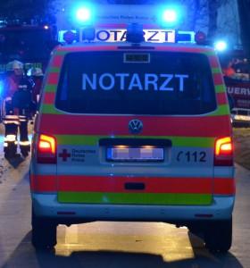 notarzt nacht polizei feuerwehr